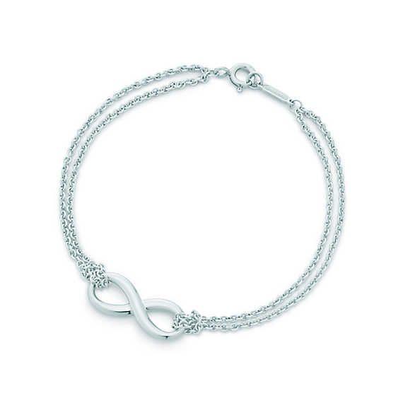 Tiffany® Infinity – Armband aus Sterlingsilber, Small.