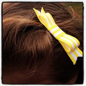 Easy bow - no sewing