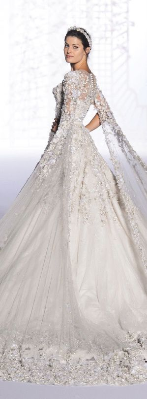 78 Best ideas about Couture Wedding Dresses on Pinterest  Bridal ...
