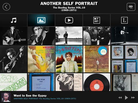 Bob Dylan Bootlegs has an extensive photo library much of it not commonly seen before