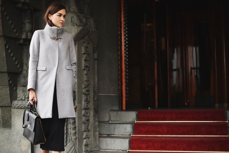 Classy and sophisticated look for fashion influencer Andy Torres wearing Fay coat from Fall - Winter 2015/16 collection.