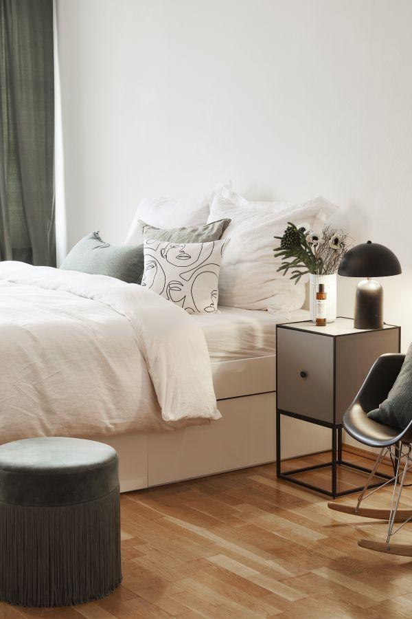 Chambre A Coucher Moderne Meubles Laques Noir Et Blanc