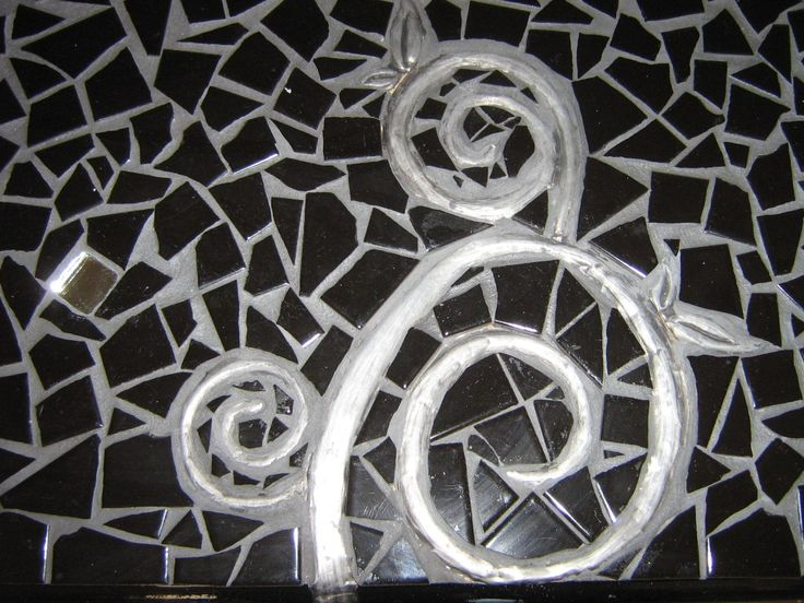 Creative art ideas combining multi media such as mosaics and pewter!   www.1000in1mosaics.co.za