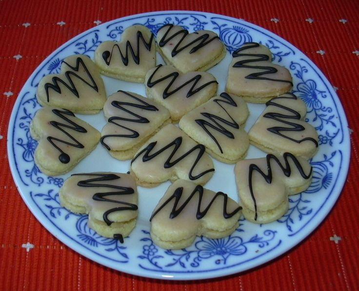 Mandlová srdíčka :: Domací kuchařka - vyzkoušené recepty