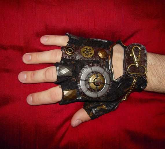 Steampunk Fan's Holiday Gift Guide - Steampunkary