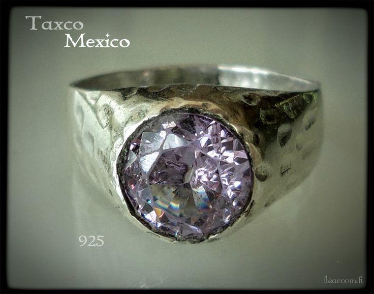 Vanha miesten hopeasormus Meksiko - vaalea lila kivi - vintage silver ring Mexico Taxco