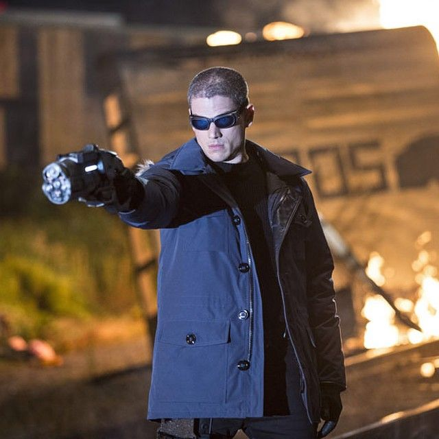 Wentworth Miller in his costume of Captain Cold for the TV Show #TheFlash