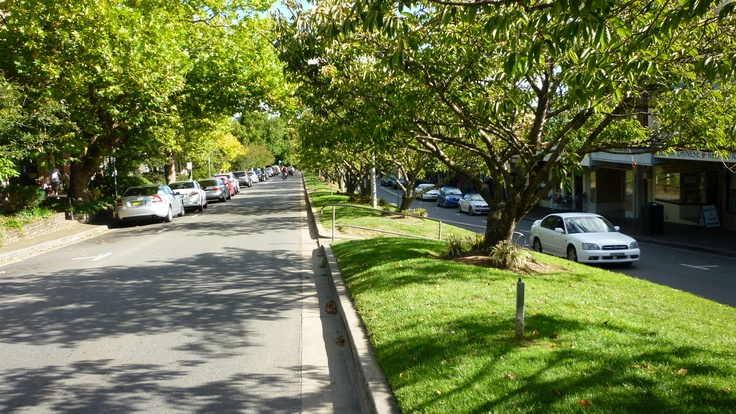 Visit Leura in the Blue Mountains on Tours from Sydney http://toursfromsydney.com/
