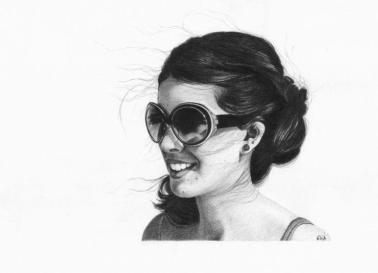 Sara, pencil