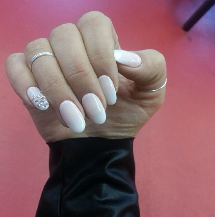 My Hollywood manicure!