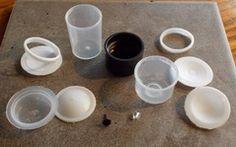 Tapas, cápsulas, perlas y broches. miniuatyras de almabenaje  Imagen 1