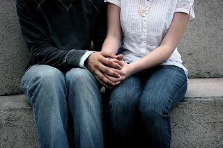 Mais de 1,5 milhão de evangélicos buscam sites de namoro cristão | S1 Noticias