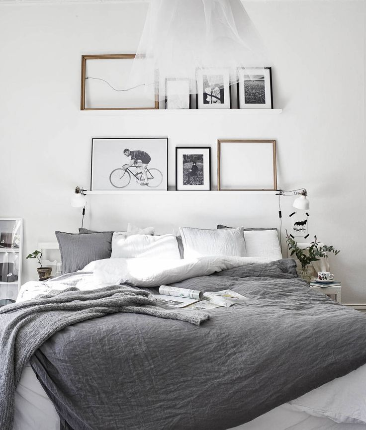 Dark grey hues bedding. New pillows, big blanket (no douvet ) plain greys.. No patterns. Lots of blankets