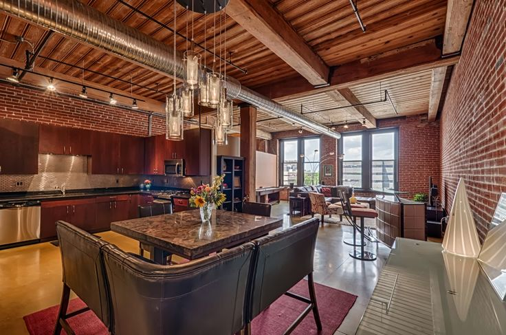Alexander Lofts, Downtown West Palm Beach! Beautiful luxury apartments in short walking distance from City Place, Clematis & the waterfront! Studio, one or two bedroom apartments available!