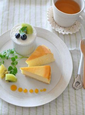 ベイクド・スフレ・レア3種のチーズケーキ。 - 【E・レシピ】料理の ... お友達とランチ会をするのにランチのメニュをより先にデザートプレートが頭に浮かんで・・・。 前日、前々日より準備。 型の準備や材料の計量(これはやっておくと作る ...