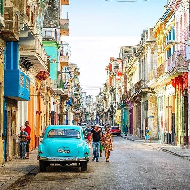 #Havana #Cuba  Photo Credit: @gogetsomesoul