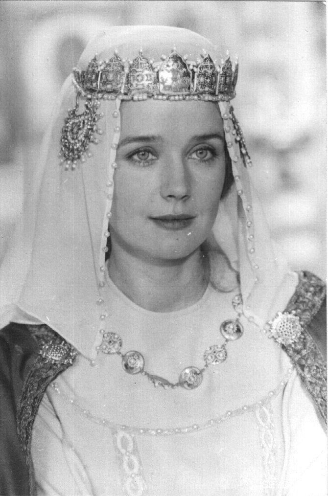 Ирина Ивановна Алфёрова (Irina Alferova) - советская и российская актриса театра и кино,