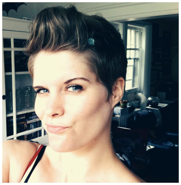 12 Best Chronicles Of A Pixie Cut Images On Pinterest