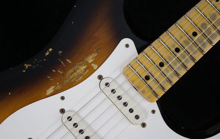 Fender Total Tone 57 Strat Ash Heavy Relic Mn 2 Tone Sunburst