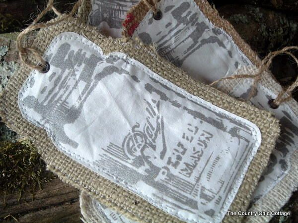 33 Burlap Projects: Christmas Craft Ideas You Canu0027t Miss