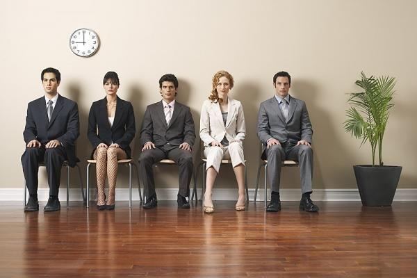 Частный предприниматель с наемными работниками должен вести кадровое делопроизводство