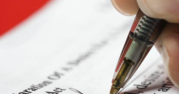 Como criar uma assinatura. Sua assinatura é o seu próprio selo pessoal de autenticidade. Alguns preferem as mais simples, outros têm insígnias altamente complexas que são usadas para assinar. Se deseja criar uma assinatura com alguma sutileza, o passo mais importante é personalizá-la até que ela pareça original.