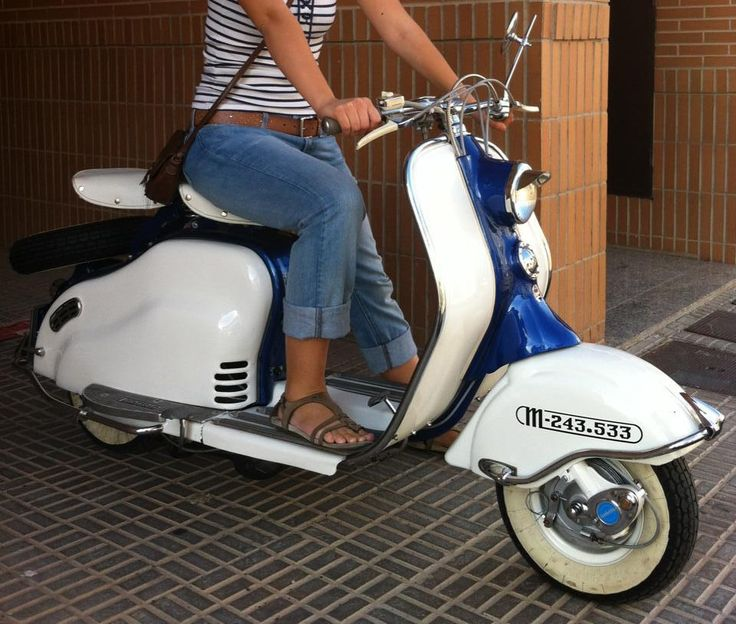 1000 images about my dream lambretta ld on pinterest scooters motor scooters and vespas. Black Bedroom Furniture Sets. Home Design Ideas