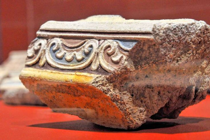 Smith College exhibit displays hundreds of items recovered from ancient site