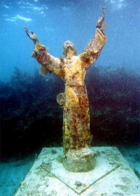 Christ of the Abyss~Christ of the Abyss is a submerged bronze statue of Jesus, of which the original is located in the Mediterranean Sea off San Fruttuoso between Camogli and Portofino on the Italian Riviera.