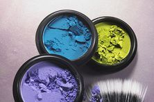 How to Make a Colored Hair Dye With Paint | eHow.com