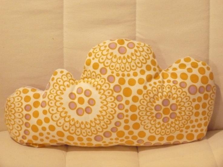 cloudy pillow sewed from a 70ies fabric  www.dawanda.com/shop/hansdampf