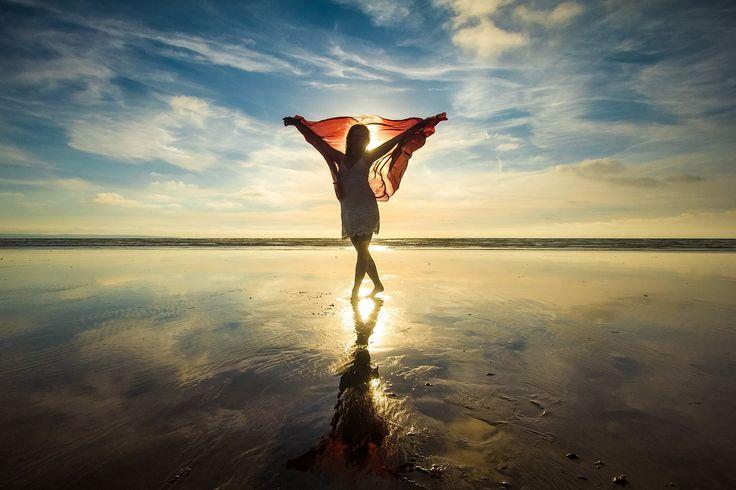 Sunset Woman stand up Beach Ocean wallpaper [1920x1200]
