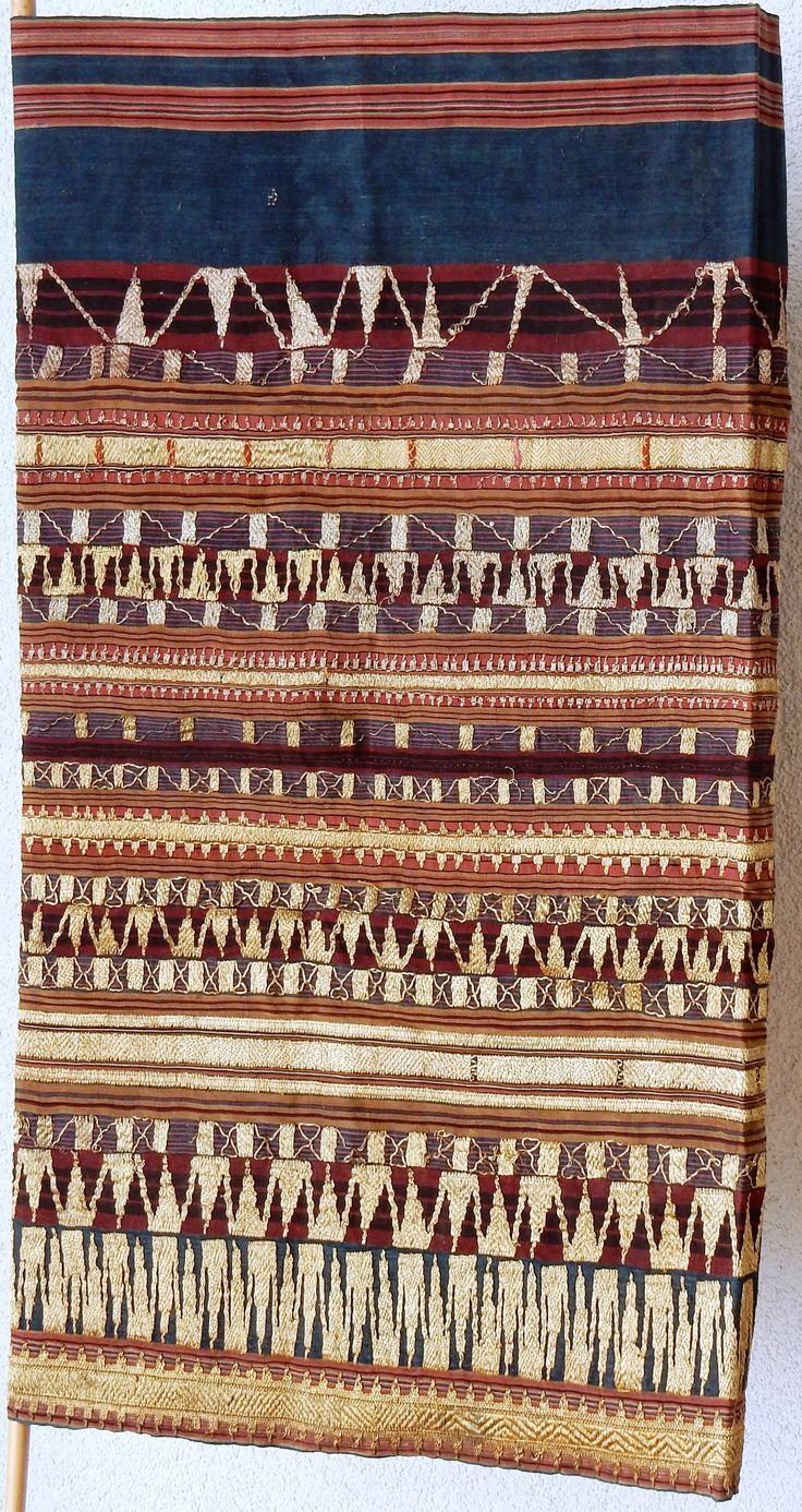 Songket, tubular skirt, Lampung South Sumtra area