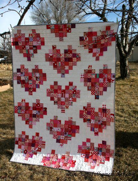 Pixelated Heart Quilt + Heart Quilting