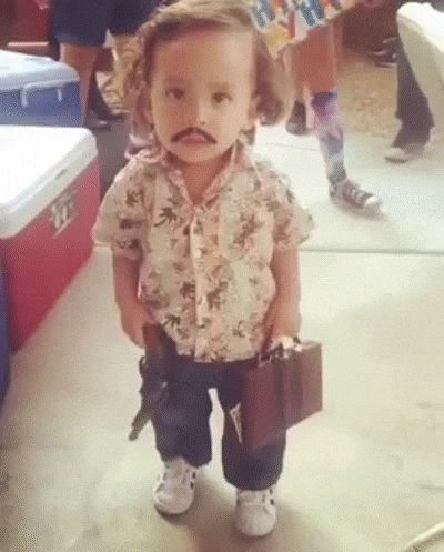 Best Halloween Costume of 2015 - Pablo Escobar