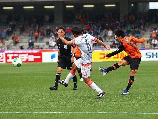Sanfrecce Hiroshima (サンフレッチェ広島) dominates Shimizu S-Pulse (清水エスパルス) 4-0 in match-day four of the J-League ( Jリーグ) .