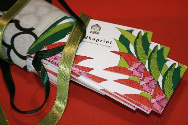 Névjegykártya egyedi csomagolásban :)  #businesscard #businesscarddesign  http://www.buddhaprint.hu/te_is_orulnel_neki.php