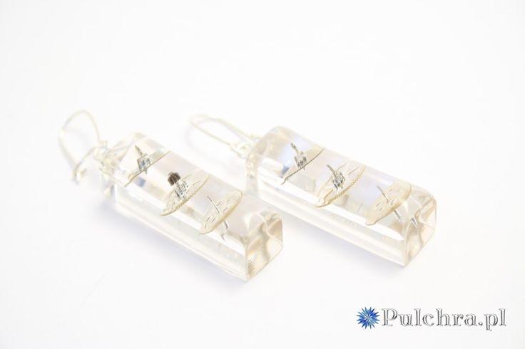 Podłużne kolczyki z żywicy w stylu steampunk z trybikami zegarowymi (srebrne bigle) Image 2