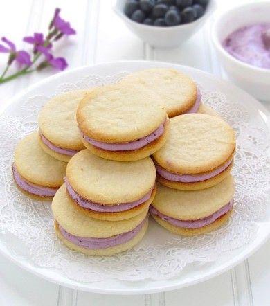 Печенье с черничной начинкой