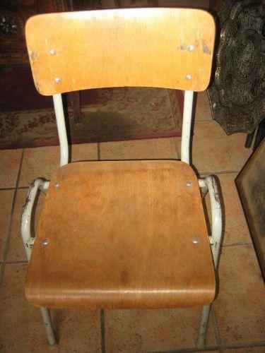 chaises d 39 coliers des ann es 50 en vente sur notre brocante en ligne photos et contact sur. Black Bedroom Furniture Sets. Home Design Ideas