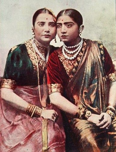 Vintage sari shot (Gauhar Jaan, famous singer from Calcutta - a halfsie like me: half-Indian, half-Armenian - on right).