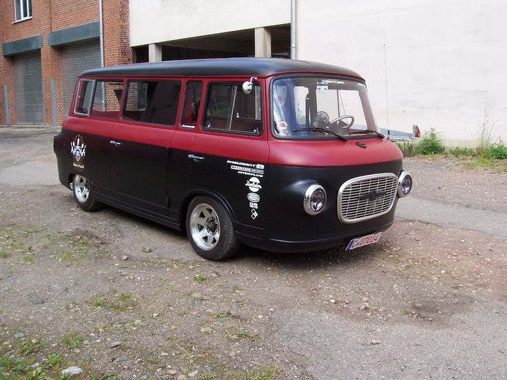 Das Ostblock-Customs Crewmobil, ein Barkas B1000 Baujahr 1976.