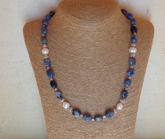 Collana sodalite, collana perle di fiume, collana blu denim, collana bianca, collana pietre dure naturali e perle barocche, My special gift
