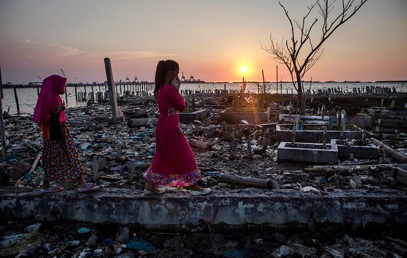Want to Stop Climate Change? Put More Girls in School, New Study Says  ||  Educating girls 'is most effective' way to combat climate change, Brookings Institution says. https://www.globalcitizen.org/en/content/girls-education-emergencies-climate-change/?utm_campaign=crowdfire&utm_content=crowdfire&utm_medium=social&utm_source=pinterest