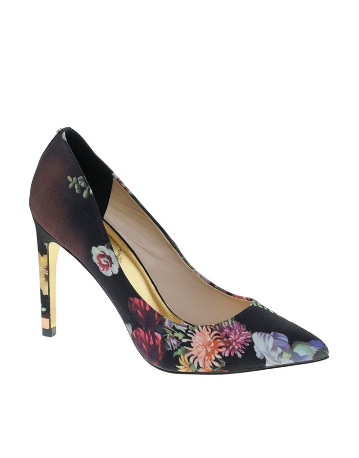 Ted Baker Herrer Floral Court Shoes