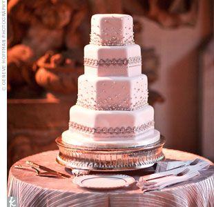 Hexagonal Wedding Cake /silver