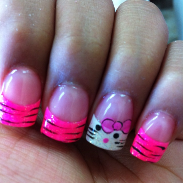 My Hello Kitty Nails <3 for heather and kaycee how cute