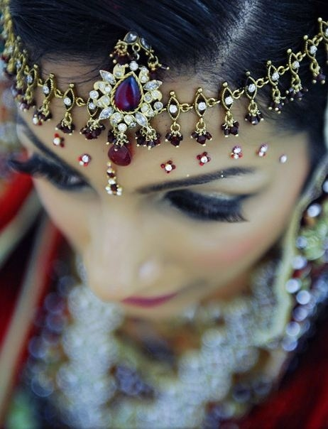 gold and diamond headpiece    courtesy Salman Hamid photography  Shaadi Belles : Search, Save, & Share your South Asian Inspiration