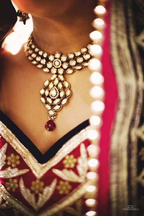 A kundan necklace that makes quite a statement. #indian #wedding #bridal
