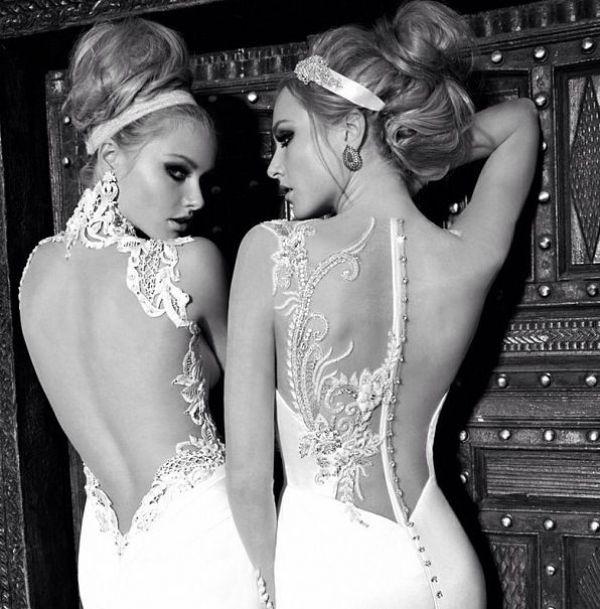 Suknie ślubne z odkrytymi plecami - z tzw. open back to ultra-romantyczny i mega kobiecy trend, który od kilku sezonów praktycznie zdominował modę ślubną. Długość rozcięcia na plecach determinuje styl panny młodej. Takim rozcięciem każda kobieta może zarówno podkreślić swój seksapil i dodać sobie klasy.
